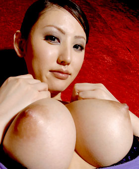 Av nude japanese idol